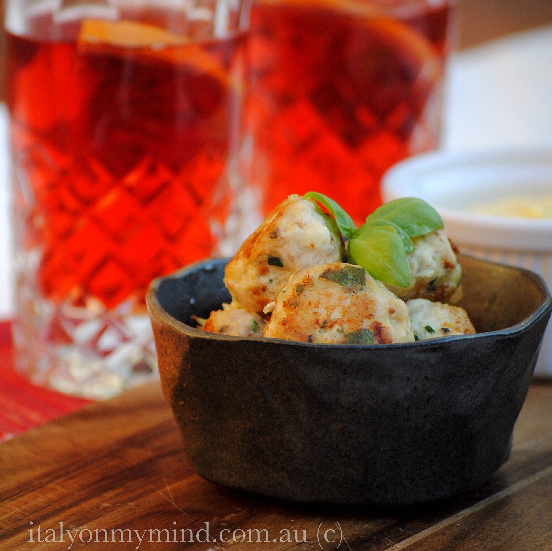 Chicken meatballs with basil and lemon