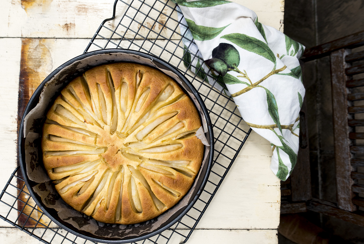pear cake just out of over-italy on my mind