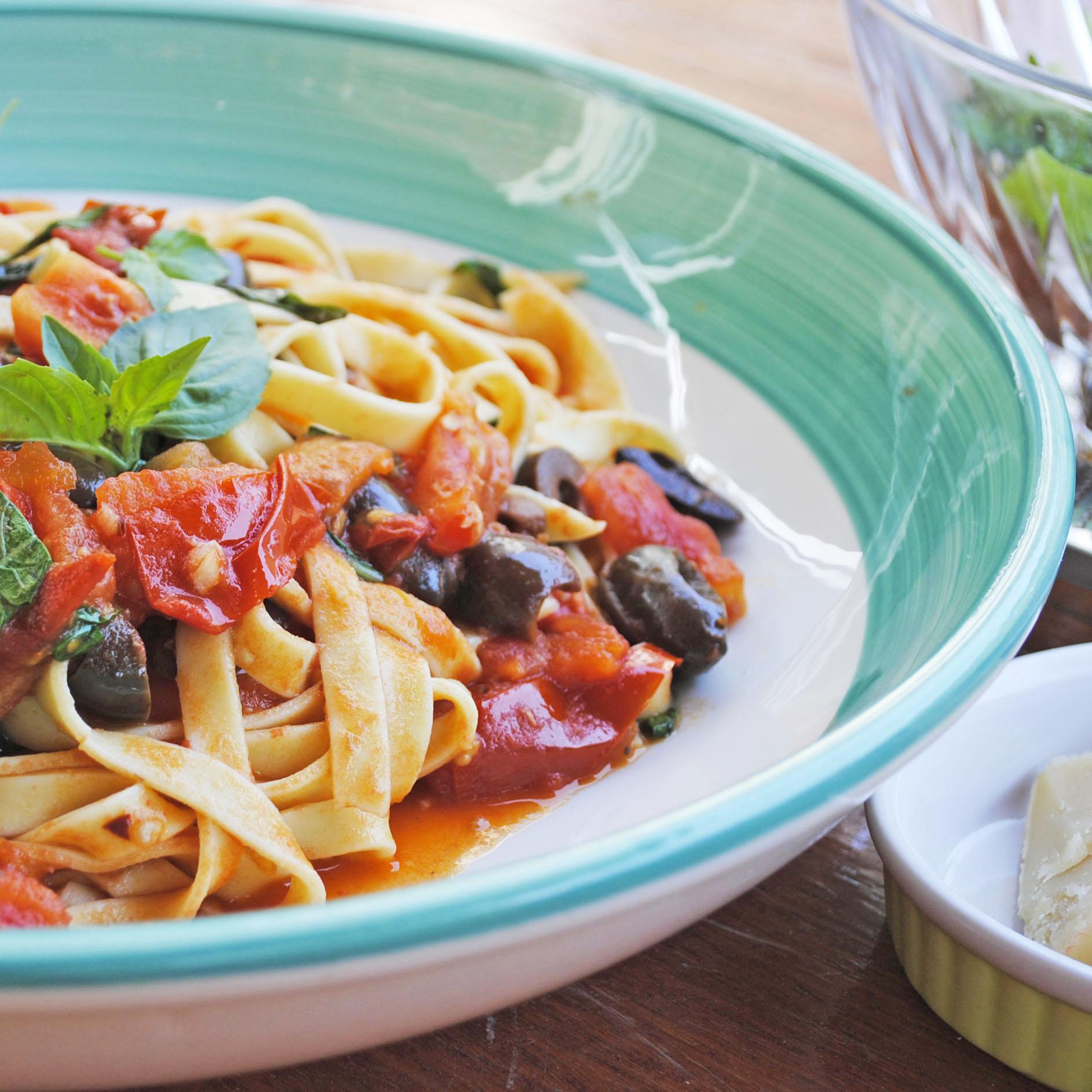 Tomato heaven – how to make a perfect pasta puttanesca