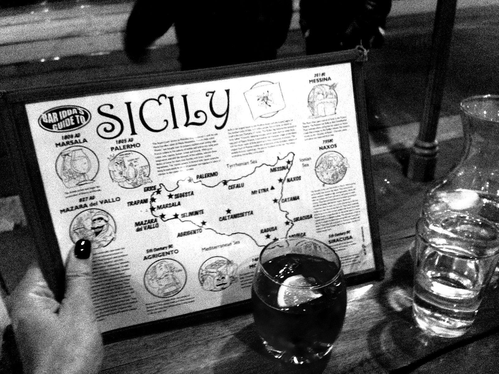 Cannoli Siciliani, zeppole and a whole lot more at Bar Idda