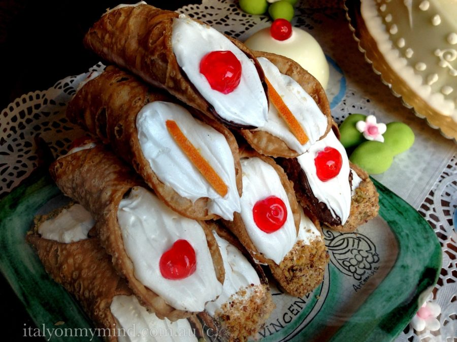 Sicilian cannoli and Sicilian jewelry – a match made in heaven