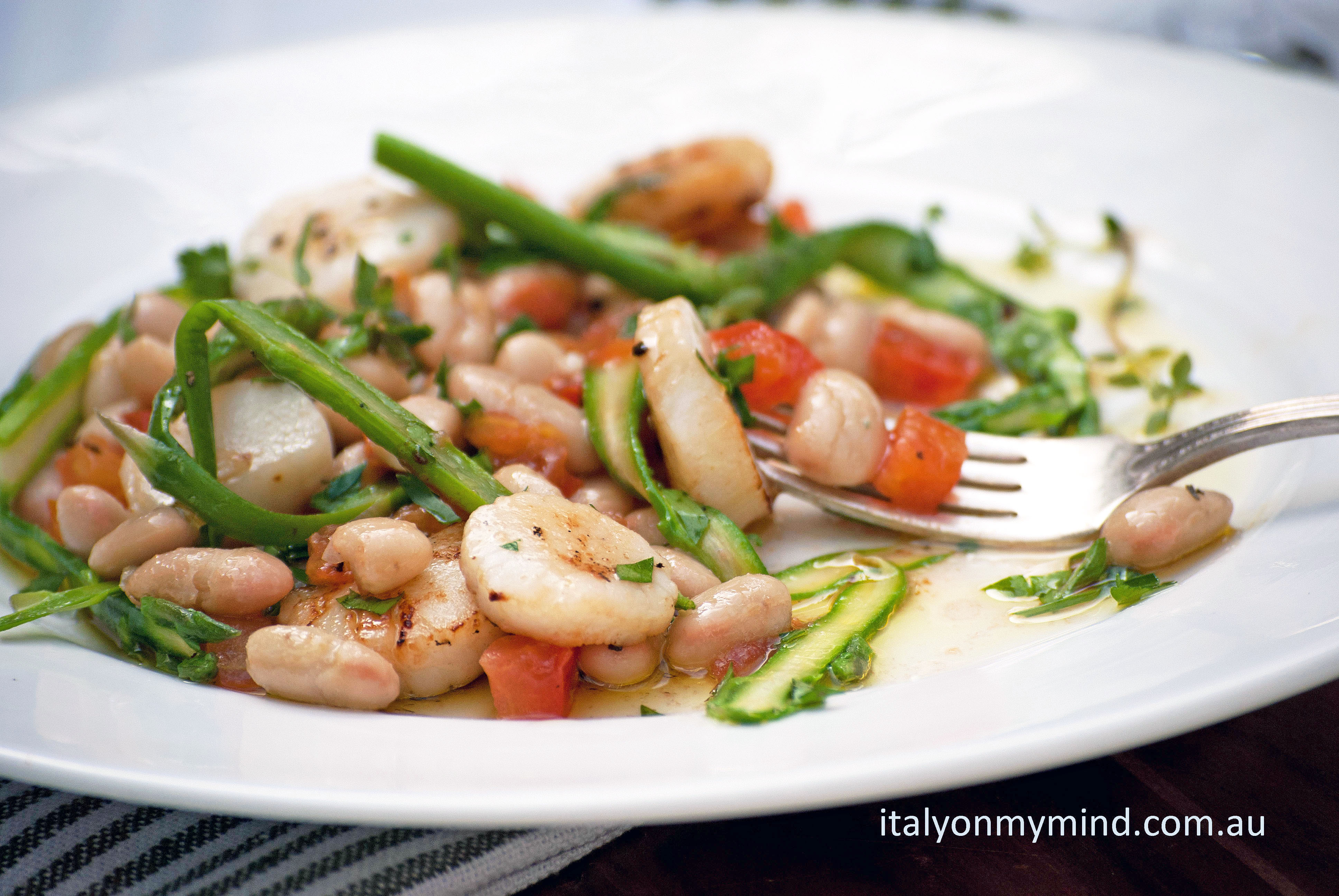scallop and asparagus salad-