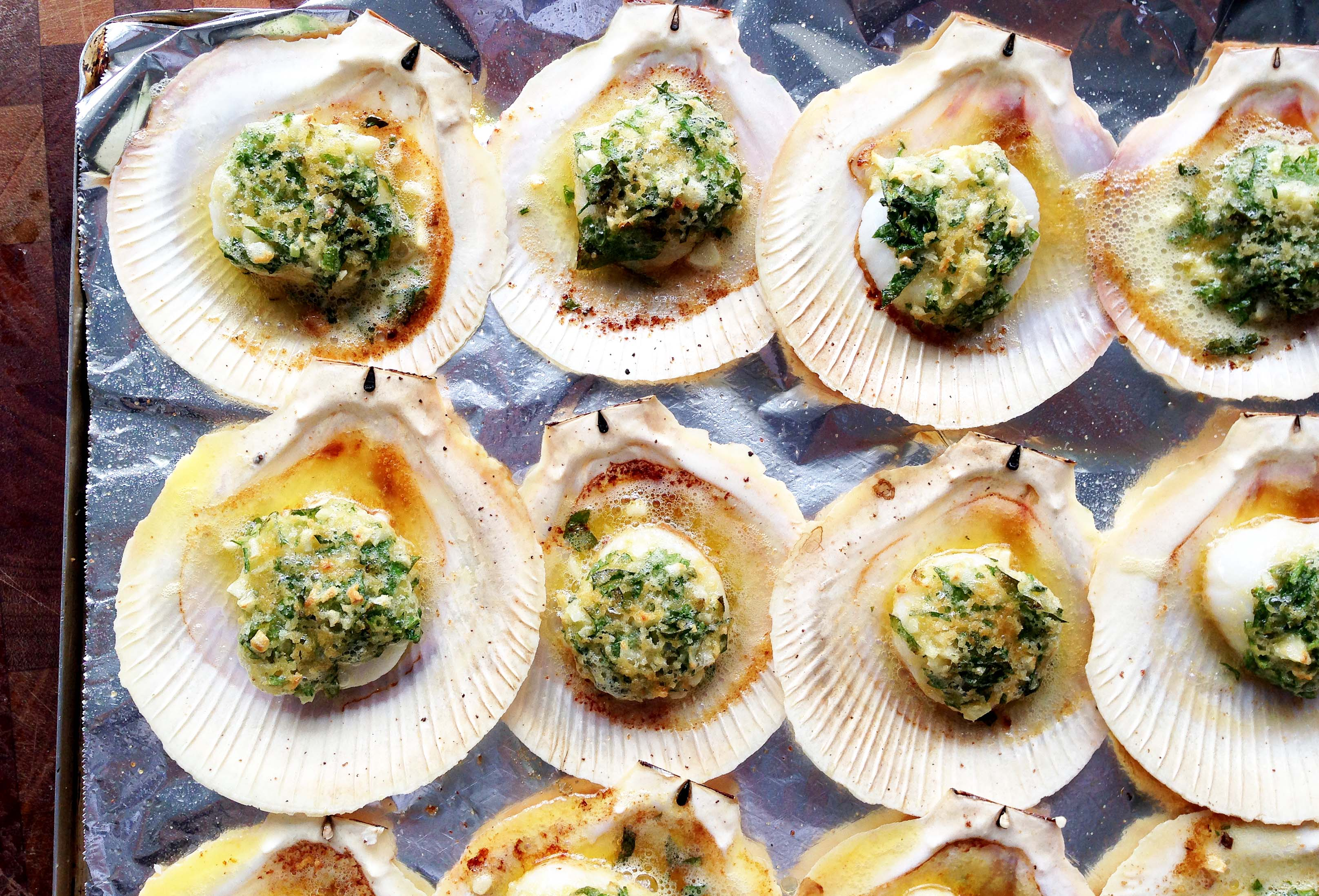 Oven baked scallops on the shell – memories of Cinque Terre
