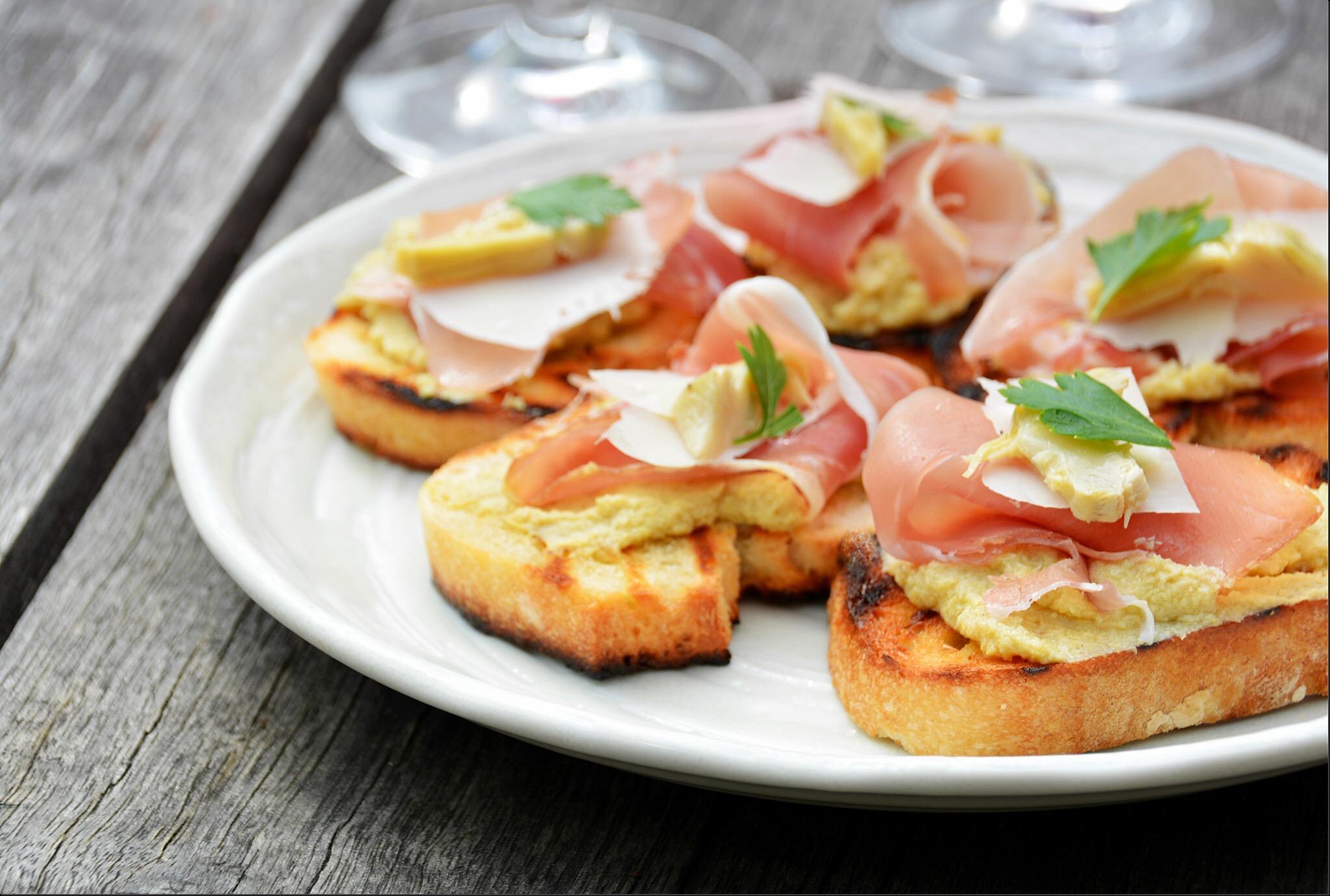 Crostini con crema di carciofi – crostini with artichoke spread