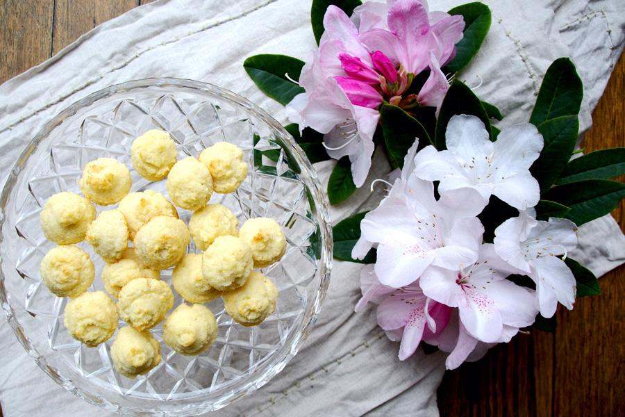 Baci di cocco – coconut kisses