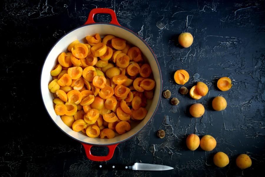 Marmellata di albicocche con vaniglia – the best apricot jam of all