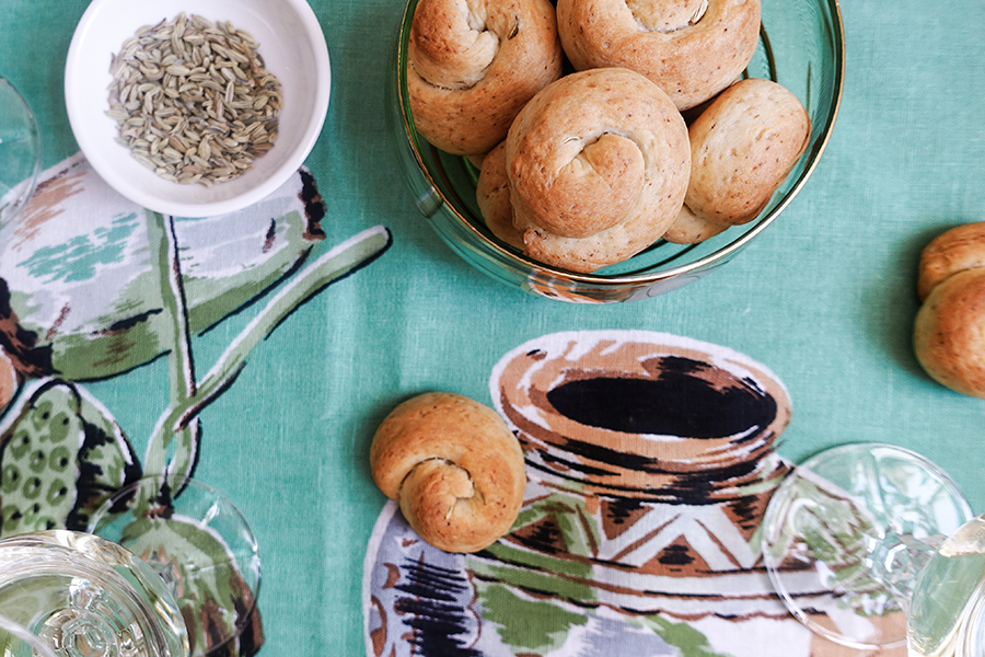 Biscotti di San Martino – simple wine biscuits with fennel seeds